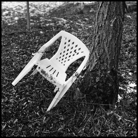 http://elfeperigourdine.cowblog.fr/images/chaise.jpg